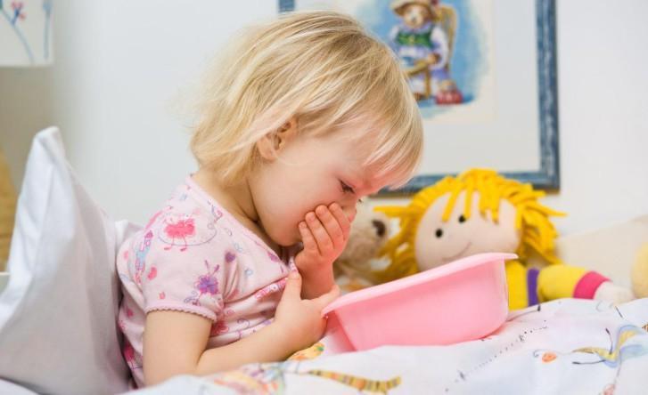 Симптомы и лечение острой кишечной инфекции у детей в домашних условиях, меры профилактики