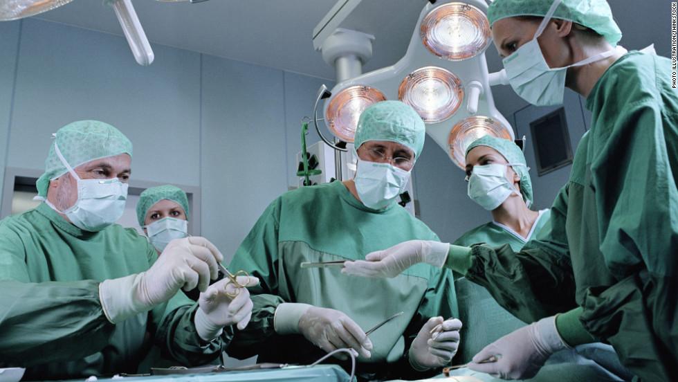 операция при переломе бедра