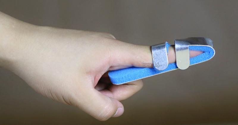 Фиксатор для пальца руки