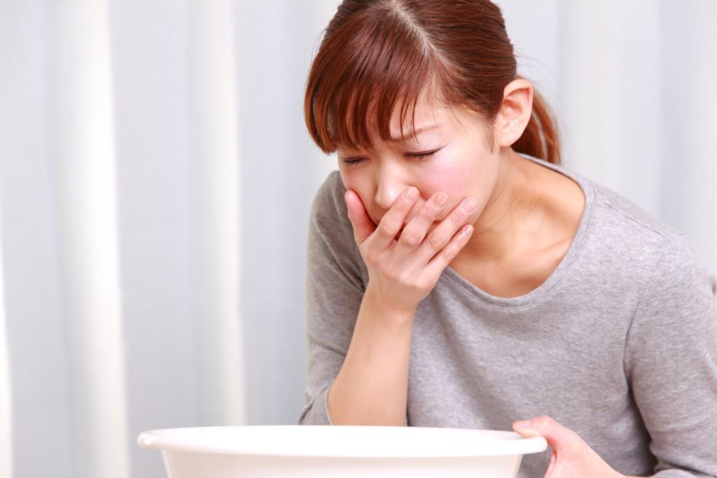 Причины и последствия сильного токсикоза на ранних сроках беременности: что делать и что можно есть?
