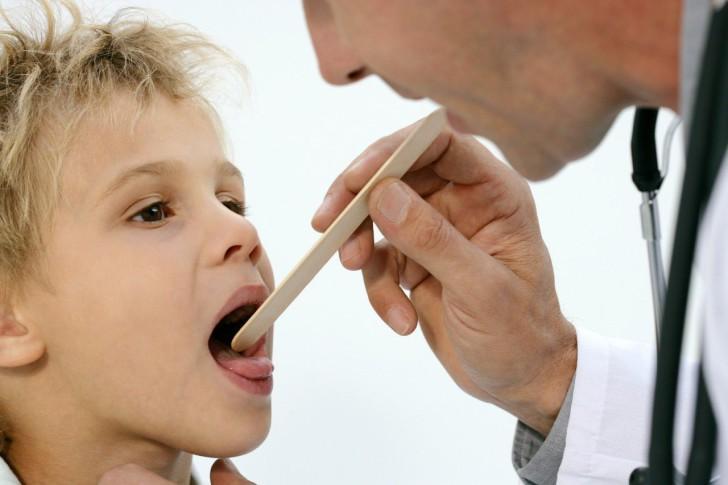 Способы удаления аденоидов детям: как проходит операция под местным и общим наркозом, какие методы применяют?