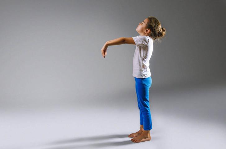 Лунатизм у ребенка: причины возникновения, симптомы и лечение сомнамбулизма
