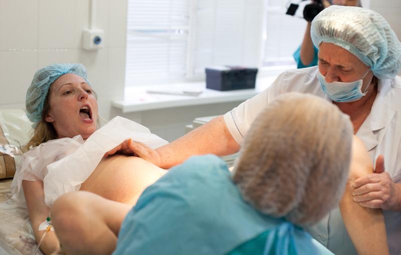 Предвестники родов у повторнородящей: как начинаются схватки на 36–38 неделе беременности, каковы первые признаки?
