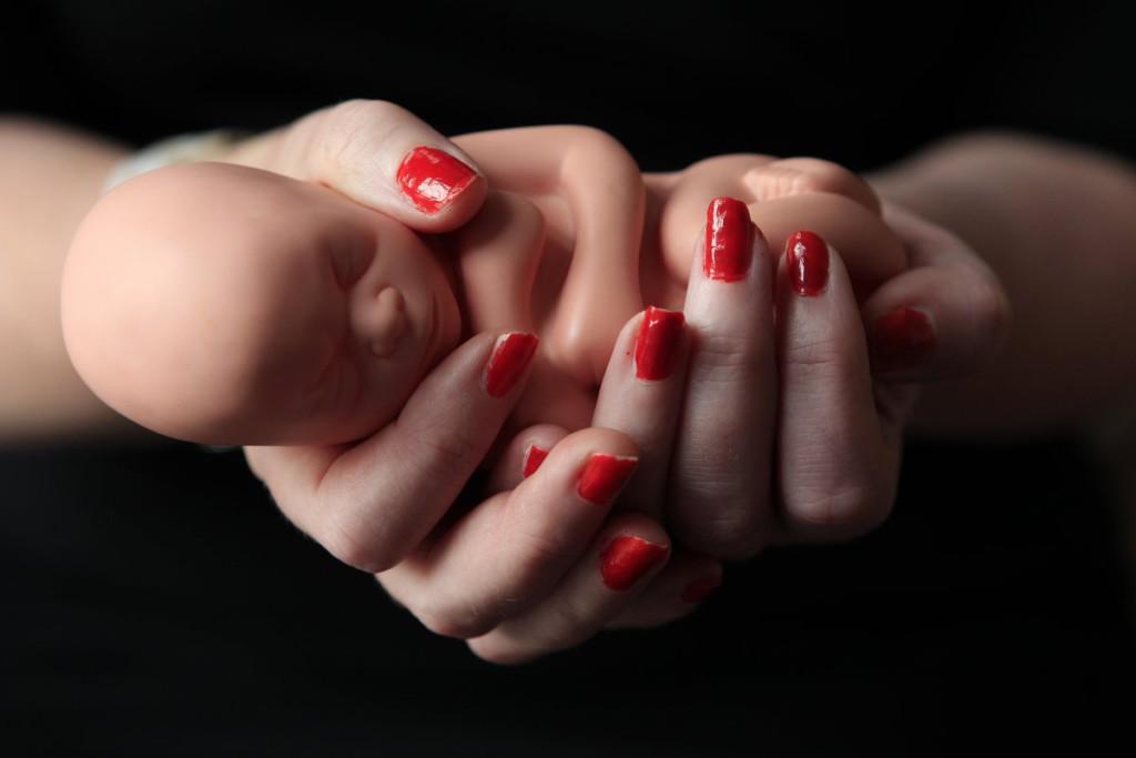 Аборт на сроке в 8 недель: методы искусственного прерывания беременности, причины выкидыша на 4-м месяце