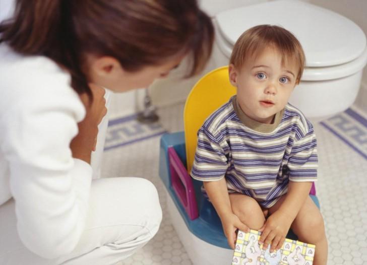 Почему у грудничка и ребенка старше 1 года в анализе мочи появляются бактерии и что это может значить?