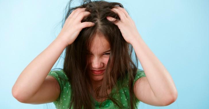 Как вывести вшей в волосах у ребенка: симптомы педикулеза с фото и лечение в домашних условиях