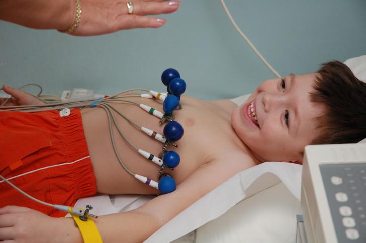 Синусовая тахикардия у грудничков и детей старшего возраста: причины, симптомы, лечение и последствия