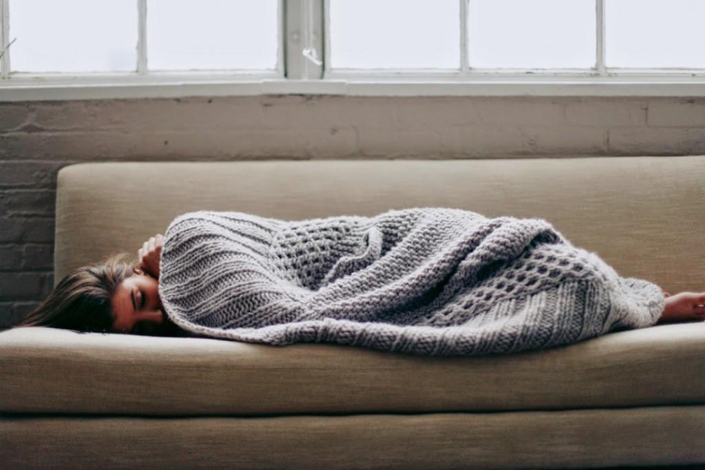 Какова нормальная температура тела женщины на ранних сроках беременности, о чем говорит повышение до 37–38?