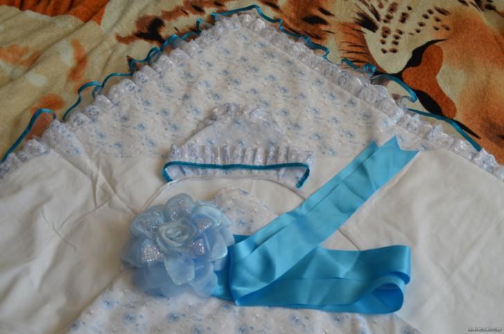 Как своими руками сшить уголок для конверта на выписку новорожденного: фото вариантов для лета и зимы