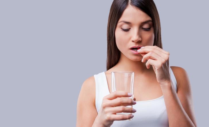 Для чего во время беременности назначают Эссенциале, как применять препарат внутривенно и перорально от токсикоза?