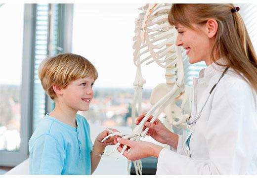 какой врач лечит деформацию стопы
