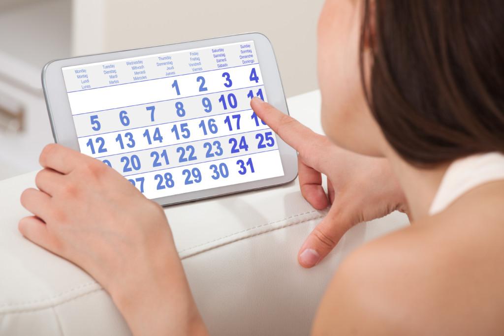 Когда, на какой день после зачатия проявляются первые признаки беременности?