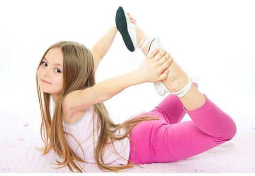 растяжка ног ребенком