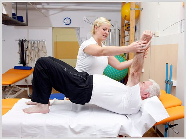 Массаж рук и ног после инсульта в домашних условиях