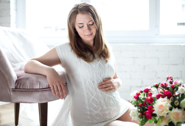Для чего назначают Дротаверин на ранних и поздних сроках беременности, можно ли пить препарат от головной боли?