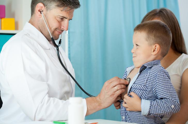 Как часто можно давать антибиотики детям разного возраста, и какой вред они могут нанести организму?