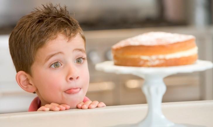 Как приготовить творожную запеканку для детей от года классический рецепт в духовке и вариации с различными добавками