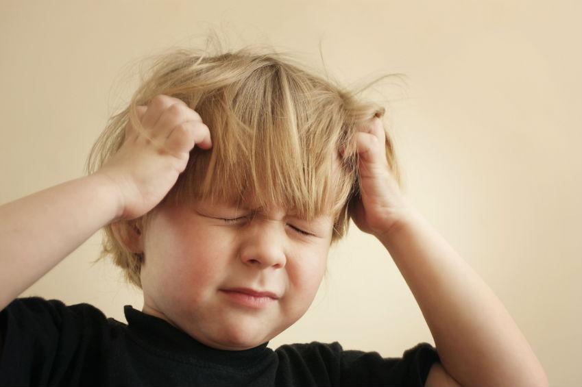 Признаки и симптомы абсансной эпилепсии у детей, методы лечения и прогноз на выздоровление
