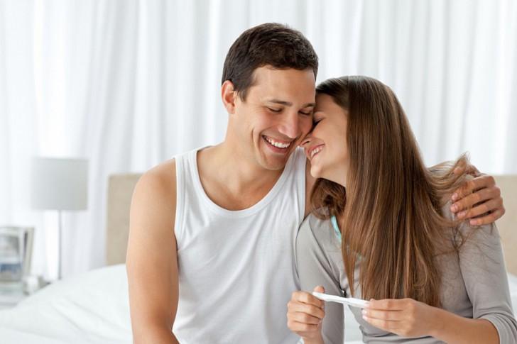 Можно ли забеременеть и родить ребенка при кисте правого или левого яичника?