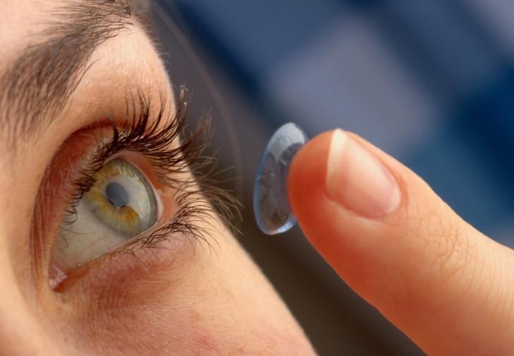 Можно ли женщинам рожать в контактных линзах: мнение врачей, советы и рекомендации
