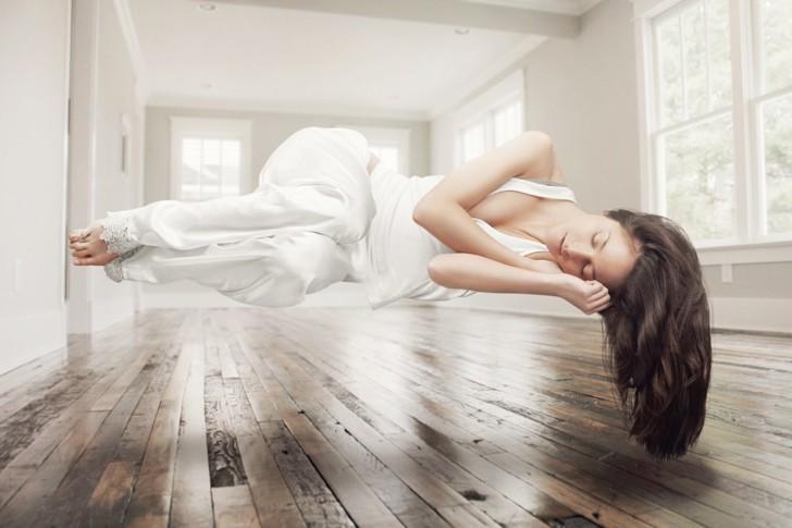 Когда можно ложиться на живот или спать на боку после кесарева сечения?