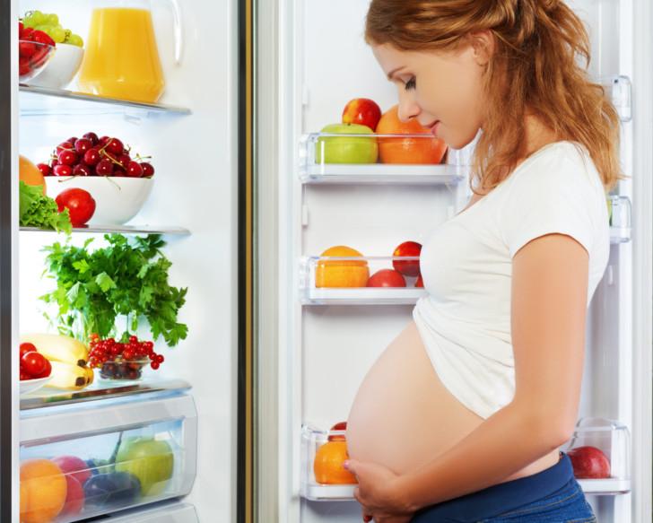 Питание беременной женщины перед родами: какой должна быть диета, что можно и нельзя есть?