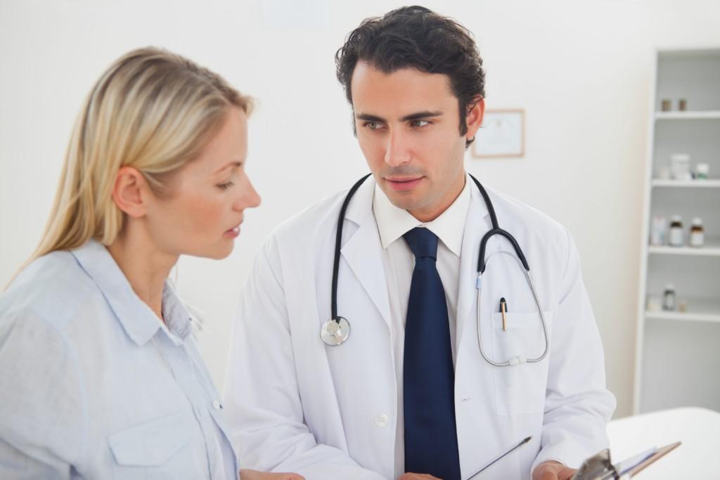 Можно ли сдавать анализ крови во время месячных: как влияет менструация на его результат?