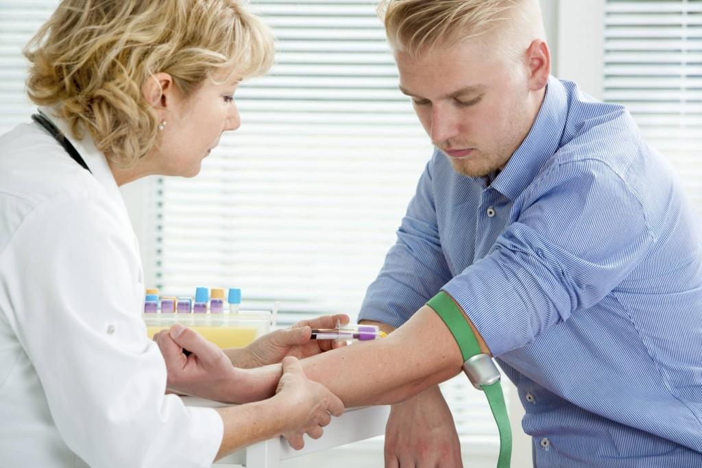 ФСГ: нормы показателя у мужчин по возрасту, причины отклонений уровня гормона от нормативных значений
