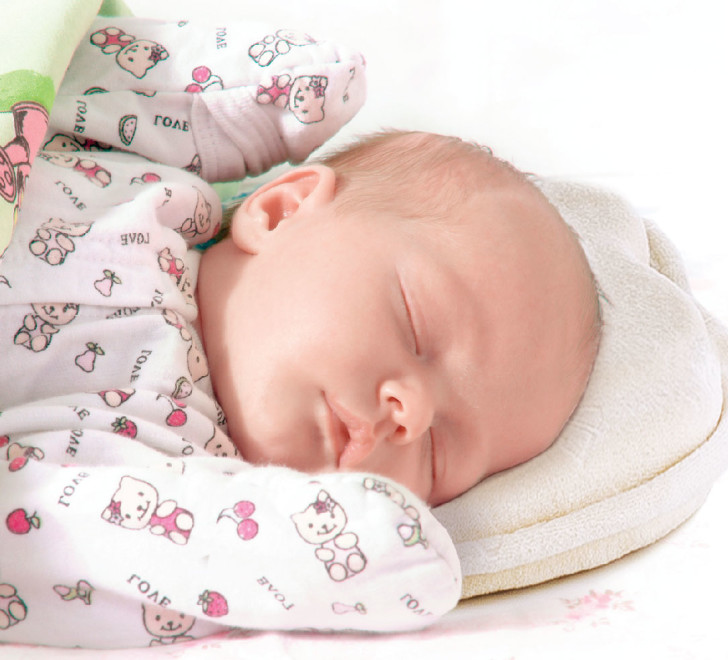 Ортопедическая грудничковая подушка