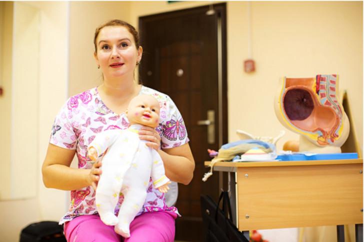 Что делать, если женщина узнала что беременна: с чего начать в первую очередь, куда идти и как себя вести?